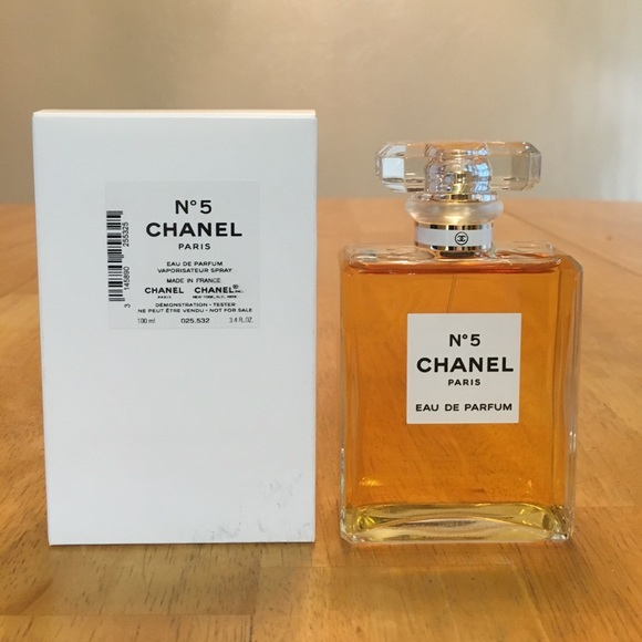 CHANEL 5 UN BOX By CHANEL For WOMEN