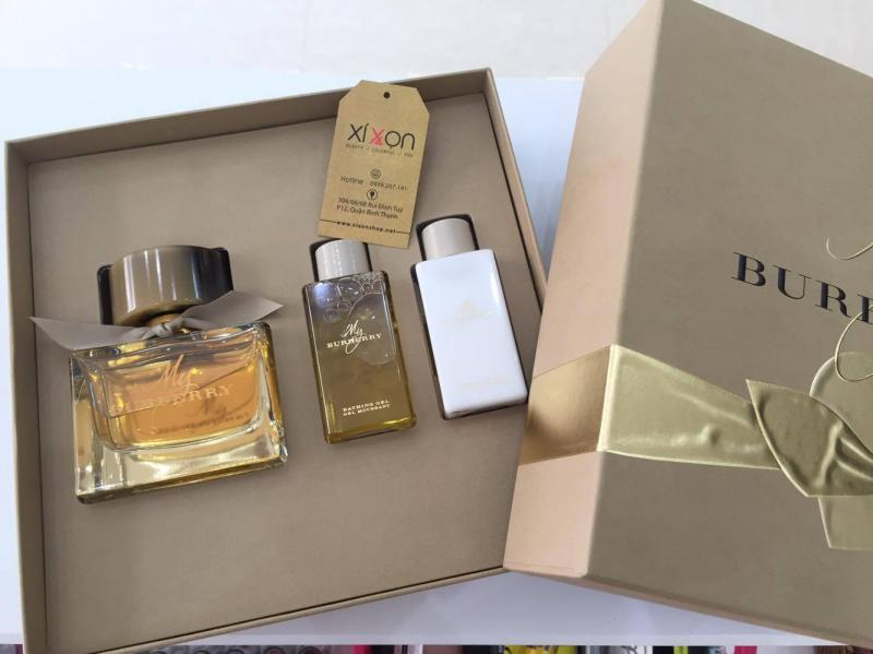 GIFT/SET MY BURBERRY 3 PCS. [MY BURBERRY FOR WOMEN 3 PC SET